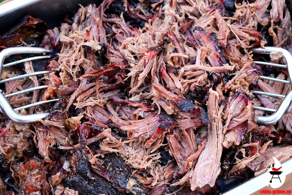 Pulled Pork Grillen Gasgrill : Pulled beef aus dem smoker